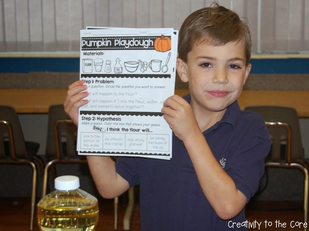 pumpkinplaydoughblog.002